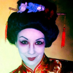 Geisha Make-up, Frisur und Styling Tipps
