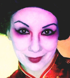 Geisha Make-up Frisur