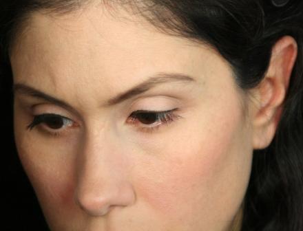 beste Make-up Grundierung für tiefe Falten