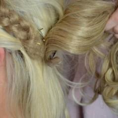 Kunsthaar stylen & frisieren – Extensions Haarteile Perücken